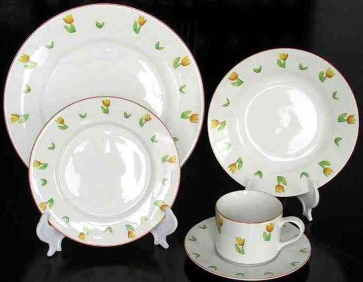 20pcs porcelain dinner set with flower decal