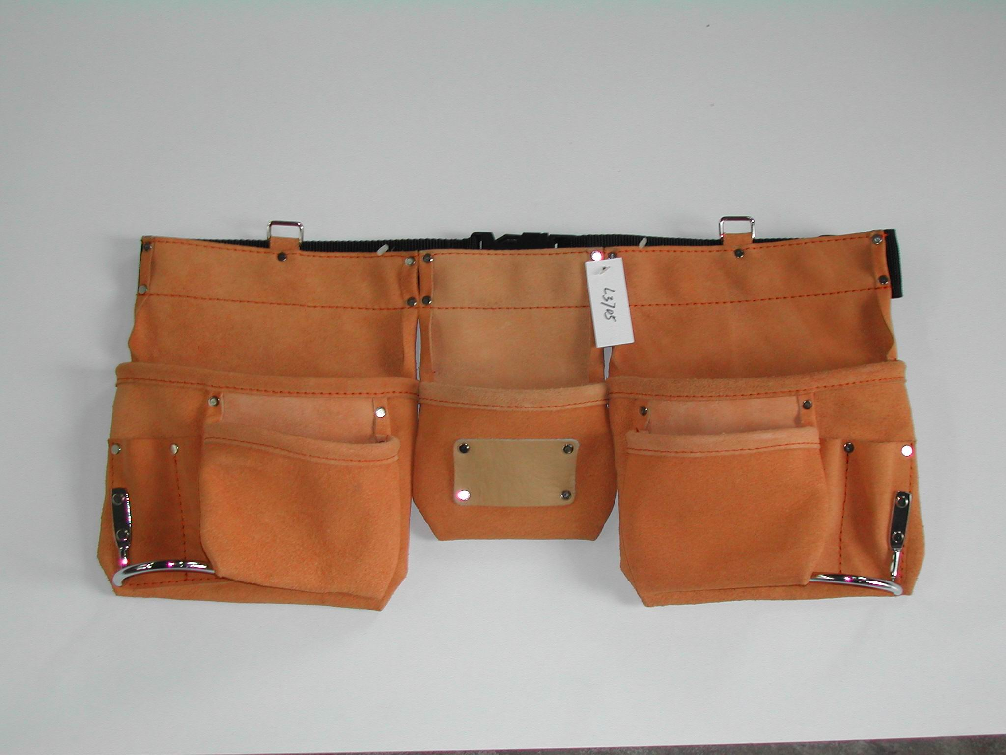 carpenter belts/tool pouches/belts for huntings etc.